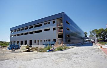 CARGO GROUP SLOVAKIA s.r.o. - preprava tovaru, logistika, skladovanie - Logistické centrum Trnava – Strecha, opláštenie 9