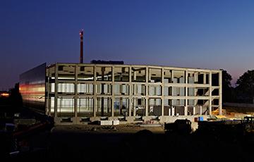CARGO GROUP SLOVAKIA s.r.o. - preprava tovaru, logistika, skladovanie - Logistické centrum Trnava – Strecha, opláštenie 8